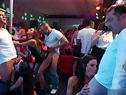 Krasse Sexparty im Club